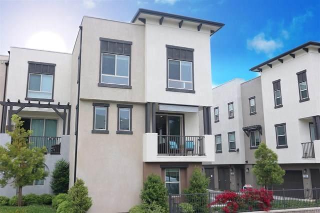 2402 Verano Way, Vista, CA 92081 (#NDP2104968) :: Mainstreet Realtors®