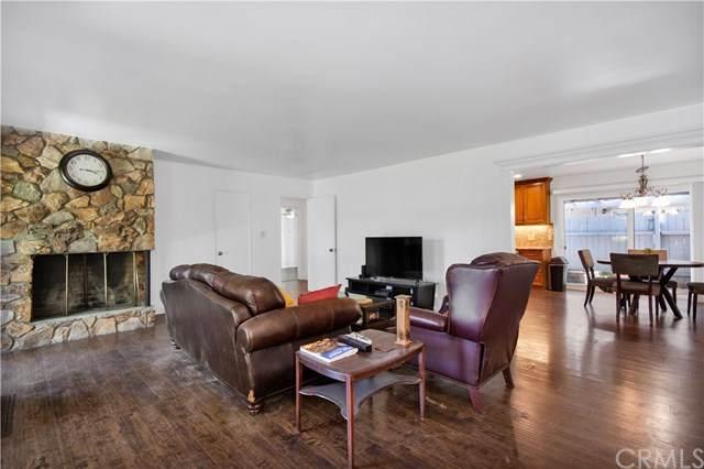 303 N Acacia Avenue A, Fullerton, CA 92831 (#PW21092136) :: The Kohler Group