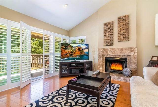 74 Rosehedge Lane, Oak Park, CA 91377 (#221002403) :: The Costantino Group | Cal American Homes and Realty