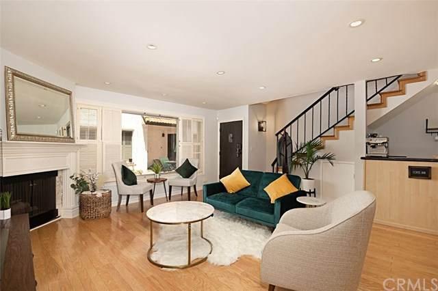 14332 Dickens Street #12, Sherman Oaks, CA 91423 (#PV21088165) :: The Brad Korb Real Estate Group