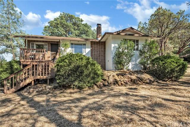17372 Meadow View Drive, Hidden Valley Lake, CA 95467 (#LC21096849) :: Team Forss Realty Group