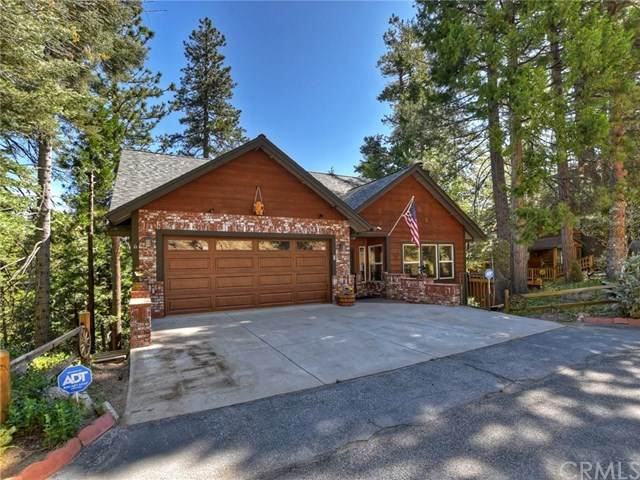 27336 Pinewood Drive, Lake Arrowhead, CA 92352 (#EV21096996) :: The Costantino Group | Cal American Homes and Realty