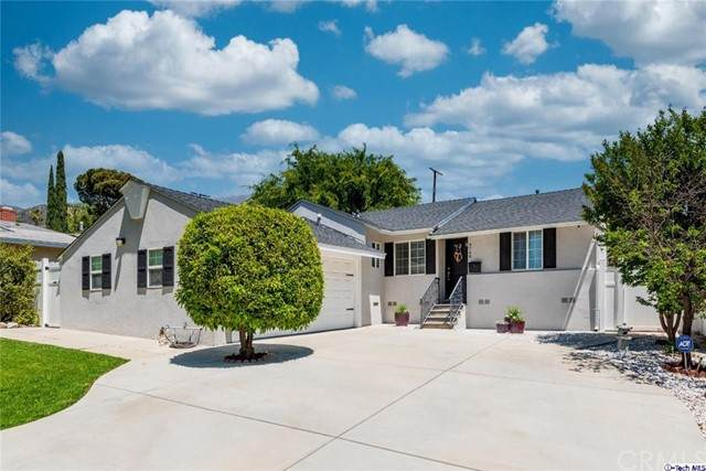 9748 Cabanas Avenue, Tujunga, CA 91042 (#320005965) :: Blake Cory Home Selling Team