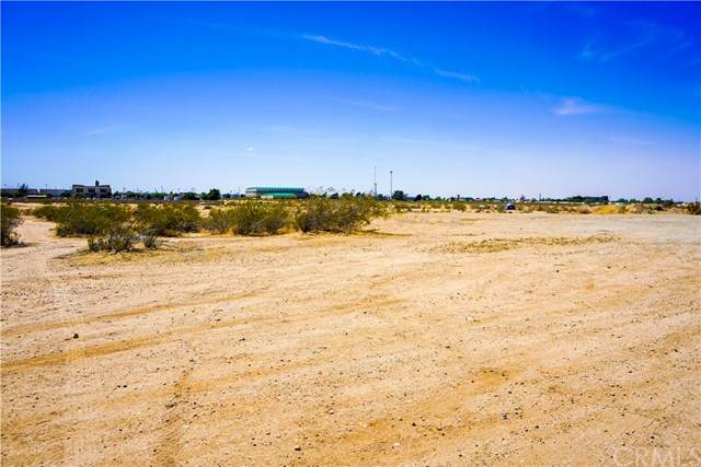 0 Balsam Road, Victorville, CA 92395 (#EV21095635) :: Realty ONE Group Empire