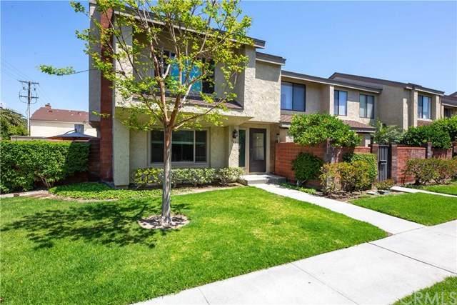 963 W Lamark Lane, Anaheim, CA 92802 (#OC21072245) :: Pam Spadafore & Associates