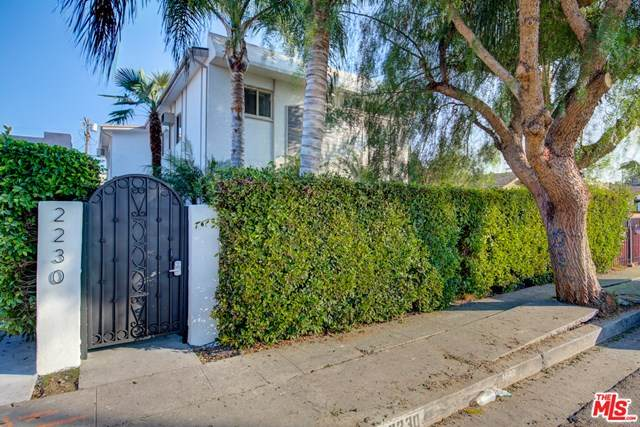 2230 S Redondo Boulevard, Los Angeles (City), CA 90016 (#21728730) :: Team Forss Realty Group