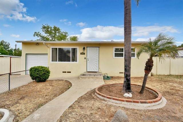 110 E Vermont Ave, Escondido, CA 92025 (#210012112) :: Power Real Estate Group