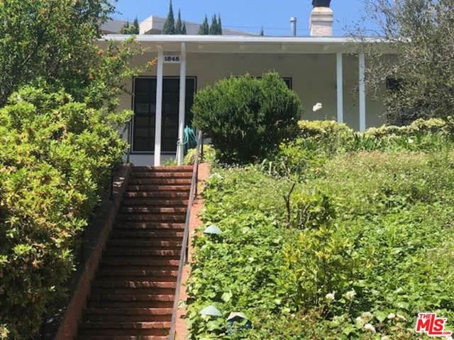 1845 Pandora Avenue, Los Angeles (City), CA 90025 (#21728178) :: The Bhagat Group