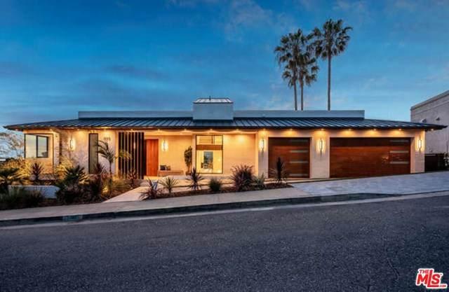 1355 Berea Place, Pacific Palisades, CA 90272 (#21728414) :: Mainstreet Realtors®