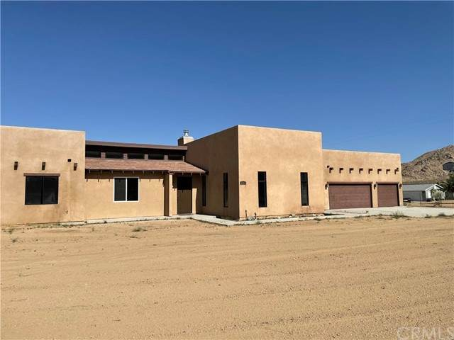 12425 Sussex Avenue, Lucerne Valley, CA 92356 (#EV21096694) :: Power Real Estate Group