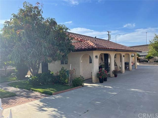 415 E 3rd Street, Corona, CA 92879 (#IG21097295) :: The Costantino Group | Cal American Homes and Realty