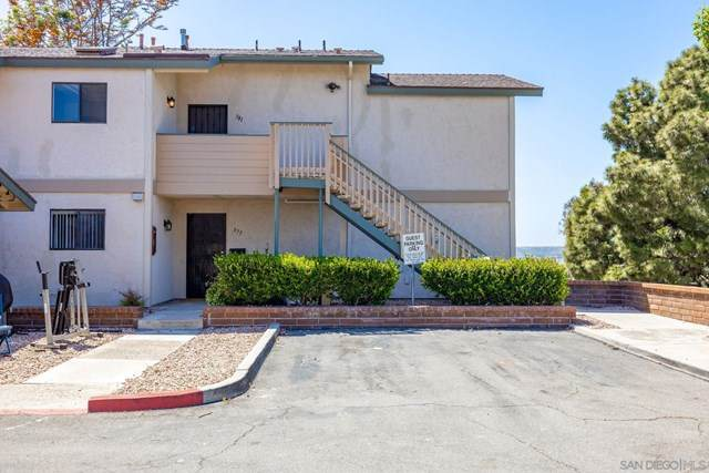 381 Stage Coach Rd, Oceanside, CA 92057 (#210012130) :: The Costantino Group | Cal American Homes and Realty
