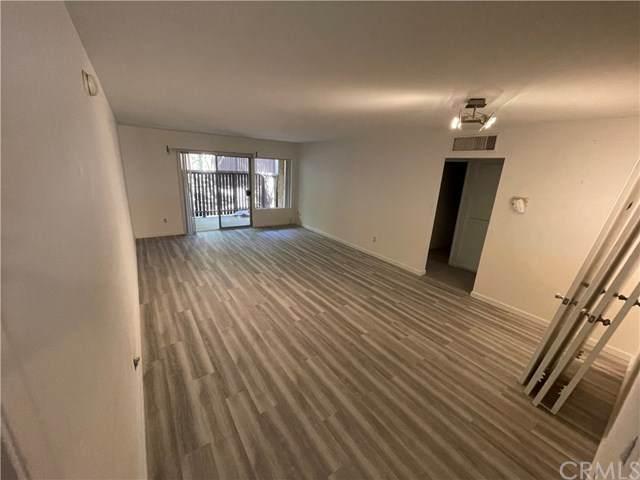 18350 Hatteras Street #151, Tarzana, CA 91356 (#DW21097346) :: The Brad Korb Real Estate Group