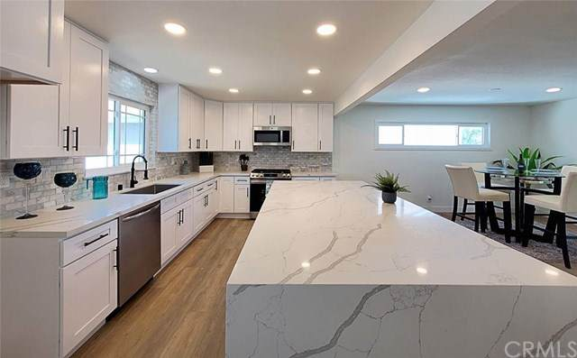 3618 W Glenroy Avenue, Anaheim, CA 92804 (#OC21096809) :: Pam Spadafore & Associates