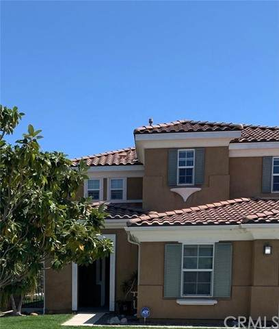 7604 Potter Valley Rd, Eastvale, CA 92880 (#IV21091118) :: Compass