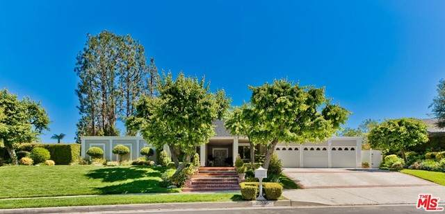 20745 Quedo Drive, Woodland Hills, CA 91364 (#21727820) :: The Costantino Group | Cal American Homes and Realty