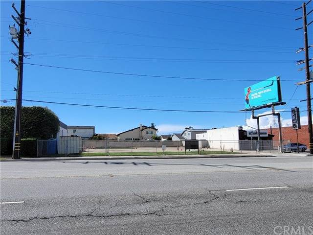 17915 S Western Avenue, Torrance, CA 90248 (#SB21097510) :: Steele Canyon Realty