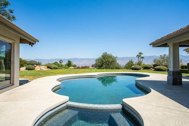 1224 Calle De Barranca, Redlands, CA 92373 (#CV21097551) :: A|G Amaya Group Real Estate