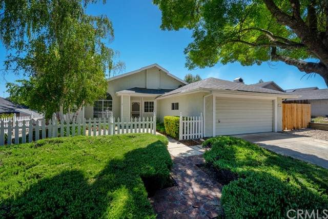 822 Crazy Horse Drive, Paso Robles, CA 93446 (#PI21053828) :: Team Forss Realty Group