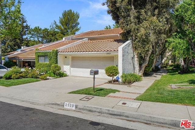 2523 Almaden Court, Los Angeles (City), CA 90077 (#21728644) :: Mainstreet Realtors®