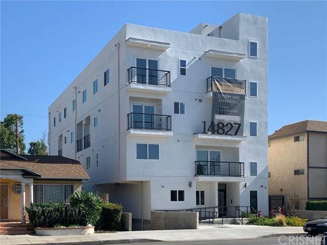 14827 Victory Boulevard, Van Nuys, CA 91411 (#SR21097696) :: Steele Canyon Realty