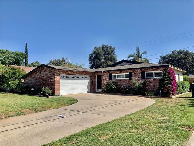 3460 Mono Drive, Riverside, CA 92506 (#IV21095841) :: Mainstreet Realtors®