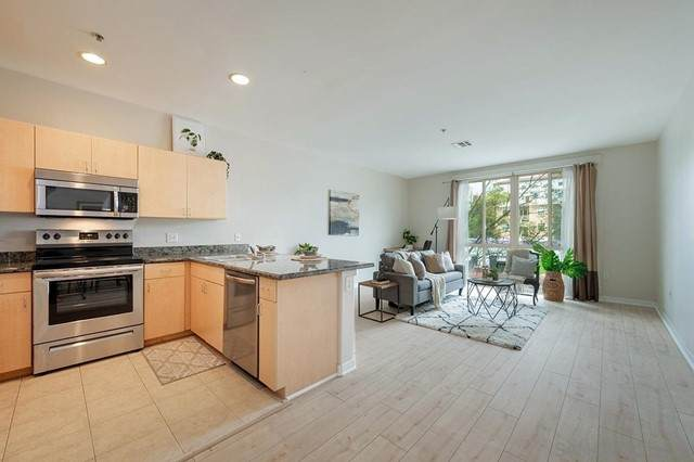 1501 Front Street #318, San Diego, CA 92101 (#210012191) :: Mint Real Estate