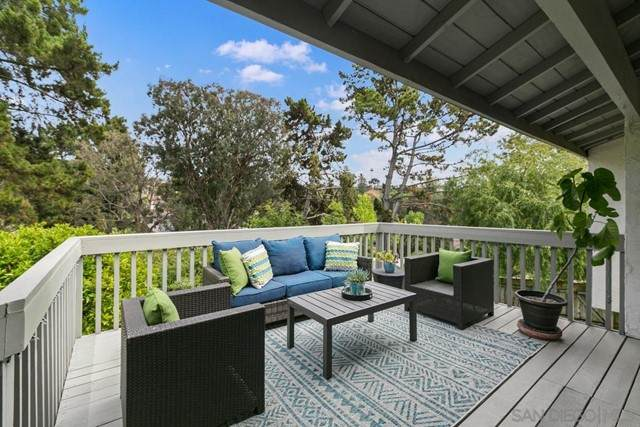 3003 Caminito Niquel, San Diego, CA 92117 (#210012201) :: The Costantino Group   Cal American Homes and Realty