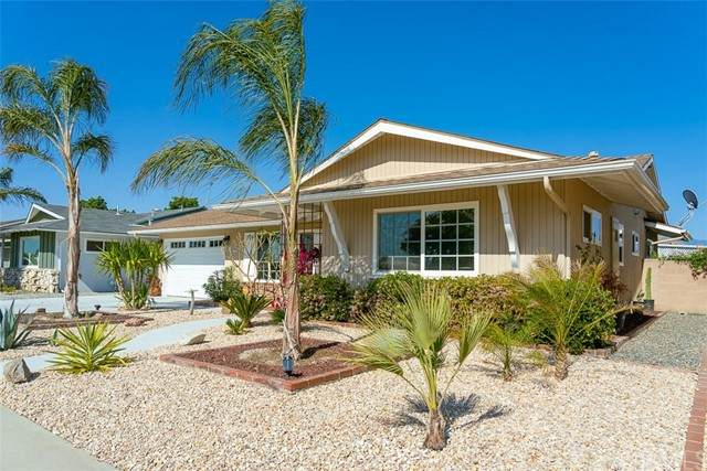 670 S Lyon Avenue, Hemet, CA 92543 (#SW21097825) :: A|G Amaya Group Real Estate