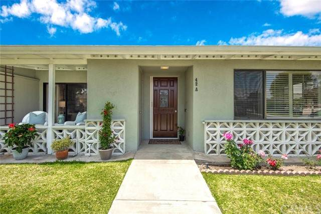 1603-M2 Merion Way 42A, Seal Beach, CA 90740 (#PW21087774) :: Mint Real Estate