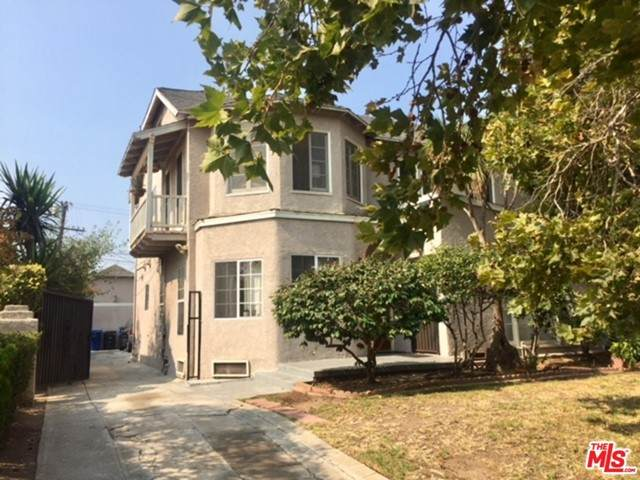 4516 St Charles Place, Los Angeles (City), CA 90019 (#21729026) :: Team Forss Realty Group