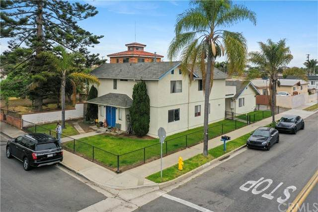 712 San Diego Street, Oceanside, CA 92058 (#ND21096998) :: The Costantino Group | Cal American Homes and Realty