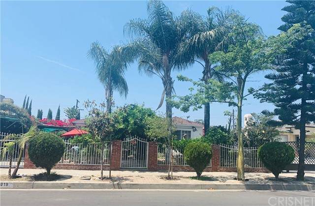 8019 Saint Clair Avenue, North Hollywood, CA 91605 (#SR21097883) :: Team Forss Realty Group