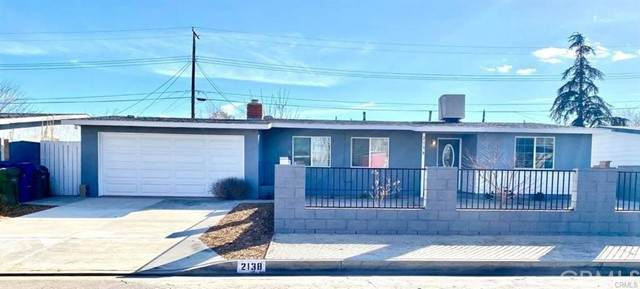 2138 E Ave Q-5, Palmdale, CA 93550 (#OC21097923) :: The Costantino Group | Cal American Homes and Realty