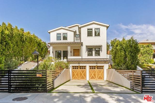 12217 Valleyheart Drive, Studio City, CA 91604 (#21725400) :: Power Real Estate Group