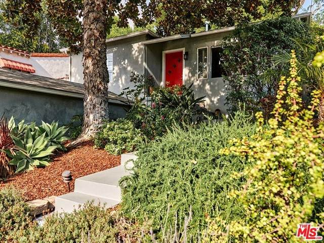 2510 Griffith Park Boulevard, Los Angeles (City), CA 90039 (#21728914) :: Mainstreet Realtors®