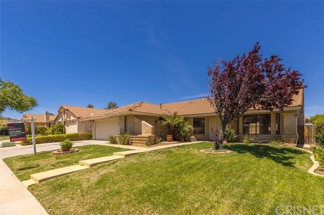4663 Paseo Fortuna, Palmdale, CA 93551 (#SR21098019) :: The Costantino Group | Cal American Homes and Realty