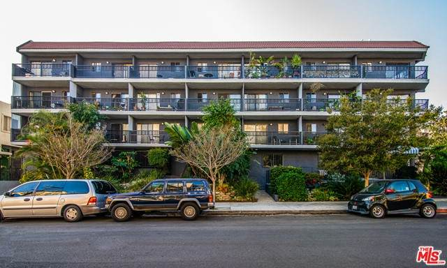 1355 N Sierra Bonita Avenue #310, West Hollywood, CA 90046 (#21728672) :: Team Forss Realty Group