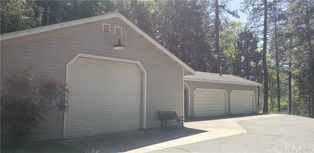 13071 Concow Road, Oroville, CA 95965 (#OR21098005) :: Go Gabby