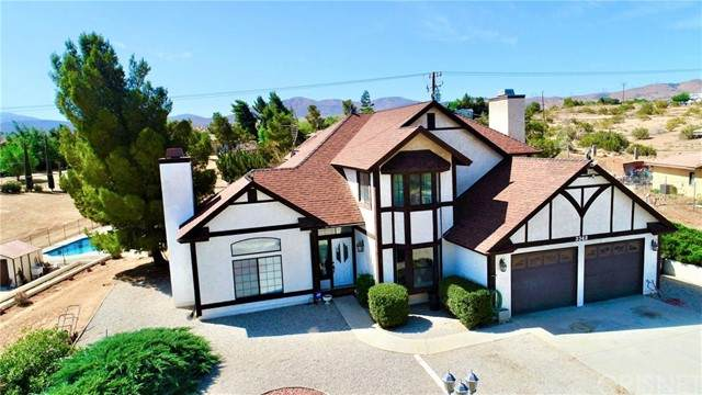 3348 Pearblossom, Palmdale, CA 93550 (#SR21098095) :: The Costantino Group | Cal American Homes and Realty
