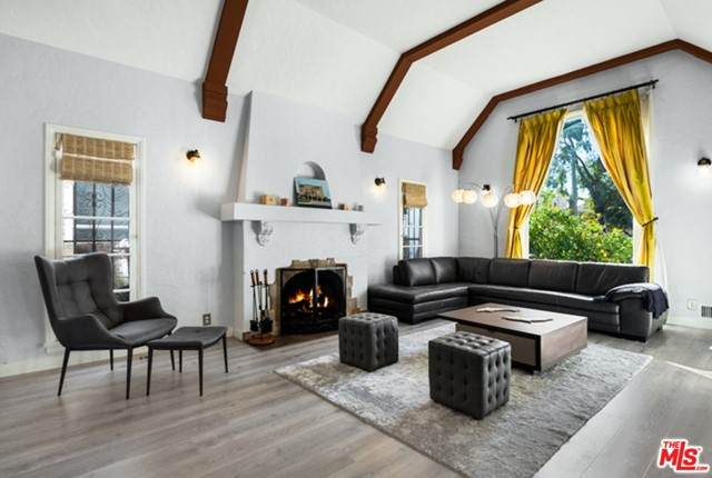 146 N Willaman Drive, Beverly Hills, CA 90211 (#21729130) :: Mint Real Estate