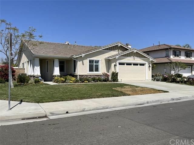 6712 Cedar Creek Road, Eastvale, CA 92880 (#IV21098119) :: Compass