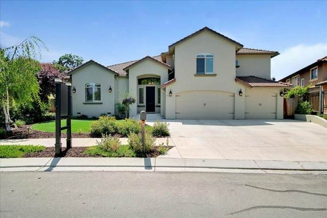 708 Oak Canyon Court, Hollister, CA 95023 (#ML81842690) :: RE/MAX Masters