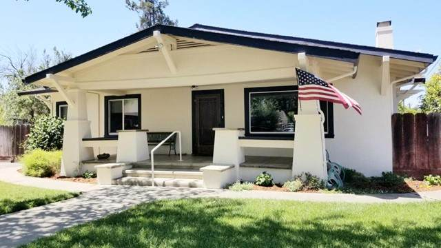 906 West Street, Hollister, CA 95023 (#ML81842839) :: RE/MAX Masters