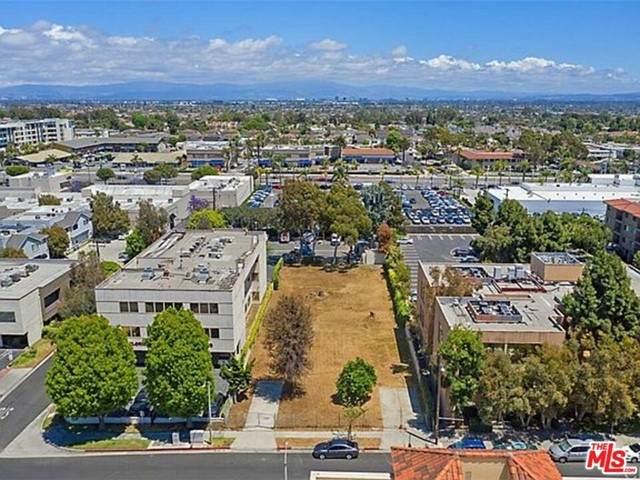 18662 Florida Street, Huntington Beach, CA 92648 (#21729236) :: Compass