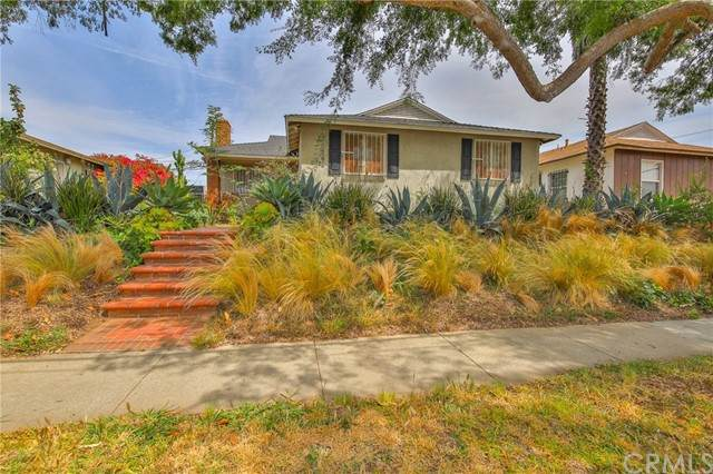 11542 S Van Ness Avenue, Hawthorne, CA 90250 (#SB21098226) :: Wendy Rich-Soto and Associates