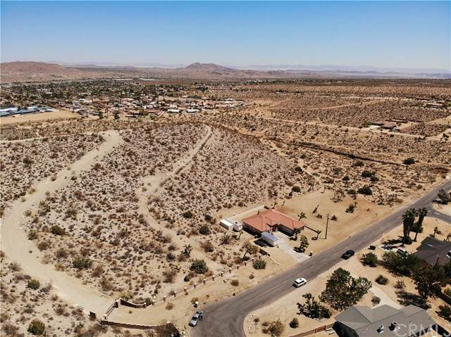 58030 Joshua Drive, Yucca Valley, CA 92284 (#JT21098013) :: Massa & Associates Real Estate Group | eXp California Realty Inc