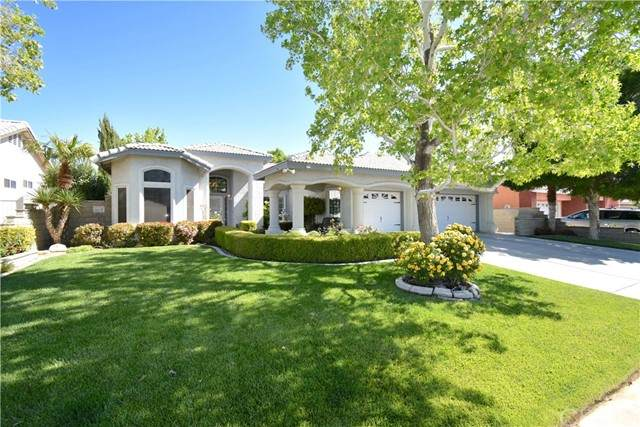 14408 Northstar Avenue, Victorville, CA 92392 (#CV21097450) :: EXIT Alliance Realty