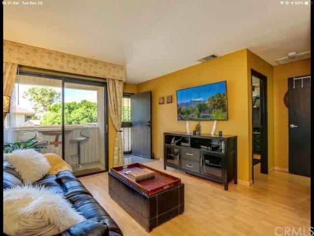 2822 N Auburn Court #208, Palm Springs, CA 92262 (#OC21098256) :: Power Real Estate Group