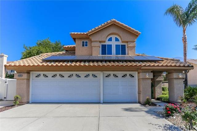 28320 Saffron Avenue, Highland, CA 92346 (#IG21098280) :: Mainstreet Realtors®